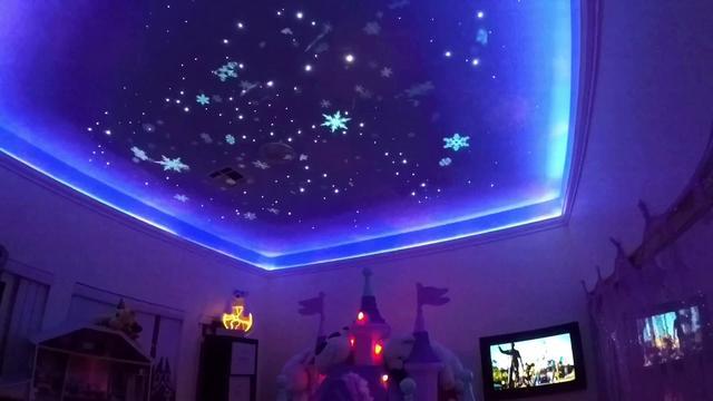 画像: Disney magic bedroom extended version www.youtube.com