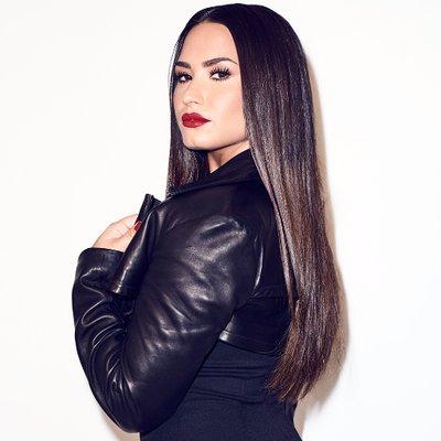 画像: Demi Lovato on Twitter twitter.com