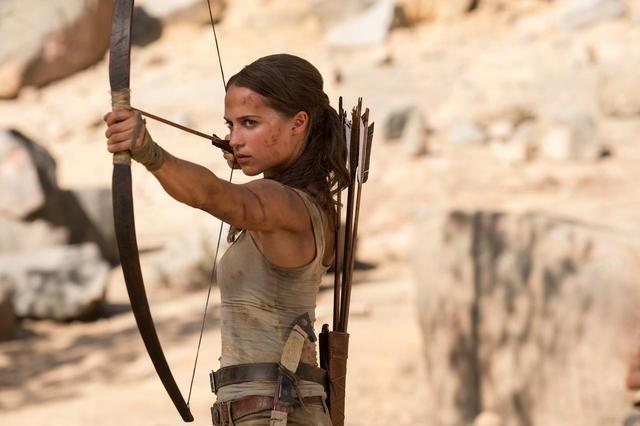 画像1: 『トゥームレイダー』主演女優、8歳の頃のタレントショー動画がまるで天使