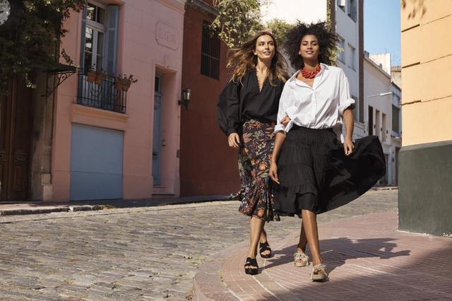 画像1: H&Mキャンペーン動画にウィノナ・ライダーとエリザベス・オルセンが登場!