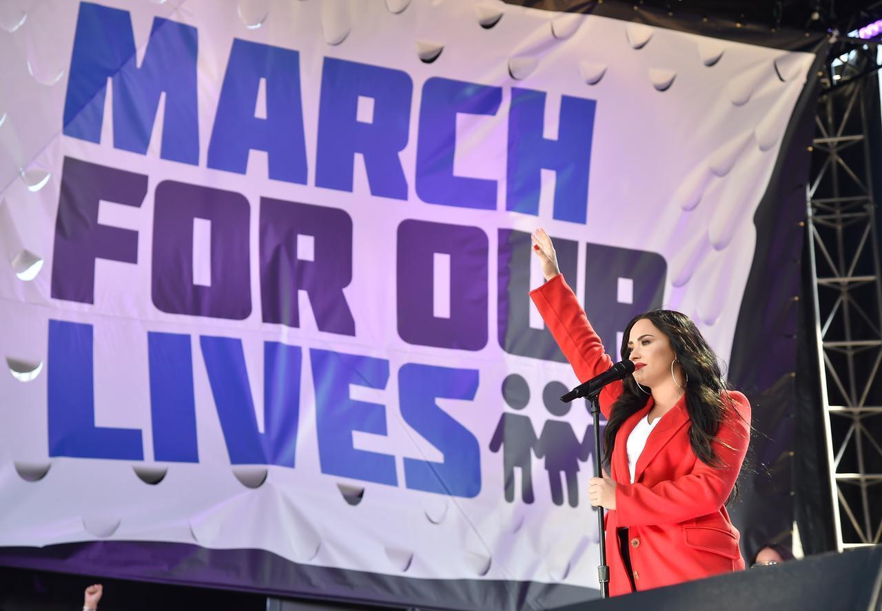 画像2: 全米各都市で大規模デモ