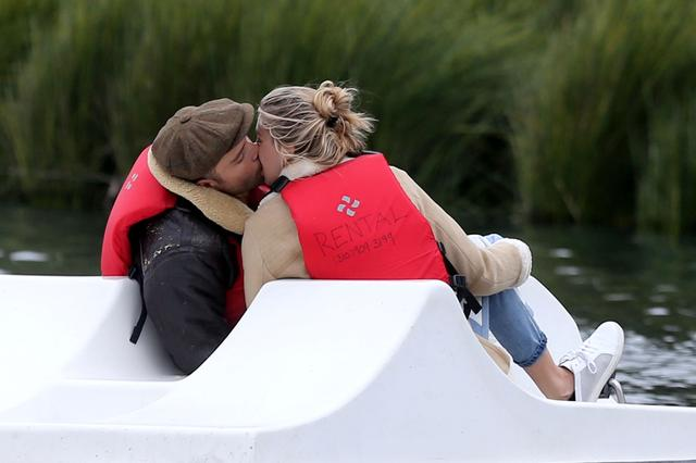 画像: 恋人のジェシカは事件当時からエドを擁護している。