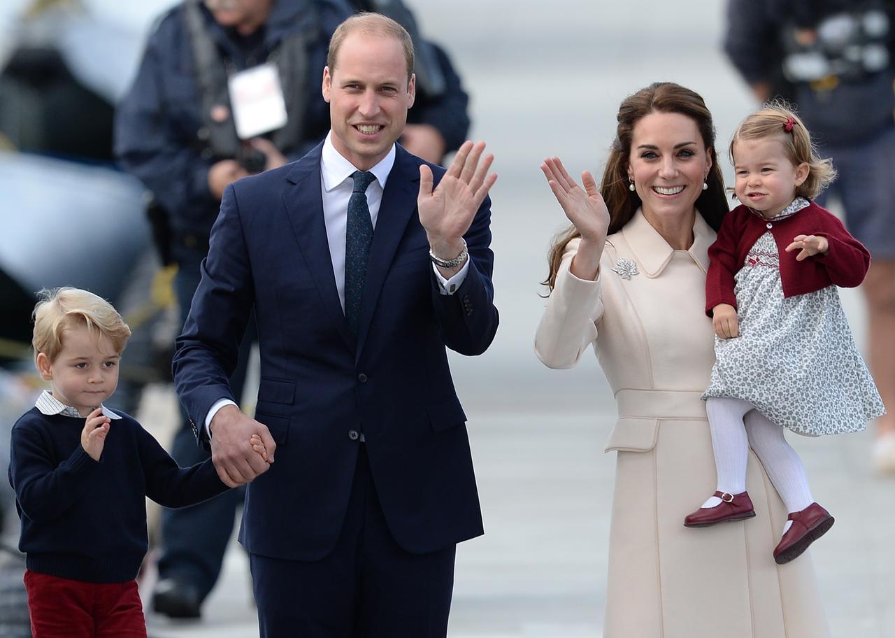 画像: 王室の参加者
