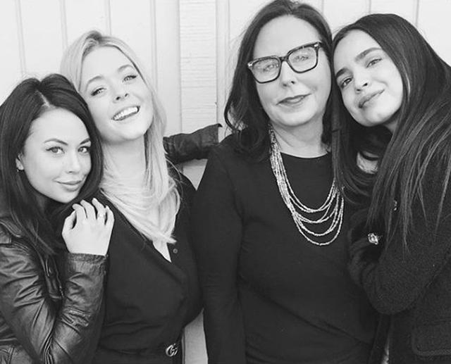 画像: 『プリティ~』のスピンオフドラマ『ザ・パーフェクショニスツ』には、サーシャとジャネル・パリッシュが同じ役で出演。『ディセンダント』のソフィア・カーソン(右)も参加する。 www.instagram.com