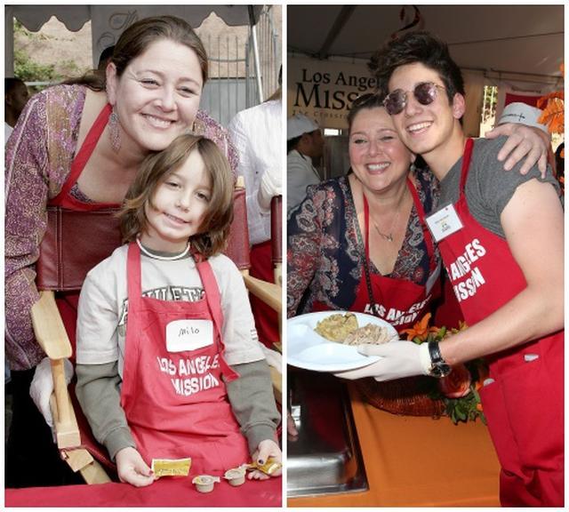 画像: 幼い頃から母と欠かさず参加している、ホームレスの食糧支援ボランティアにて。©スプラッシュ/アフロ