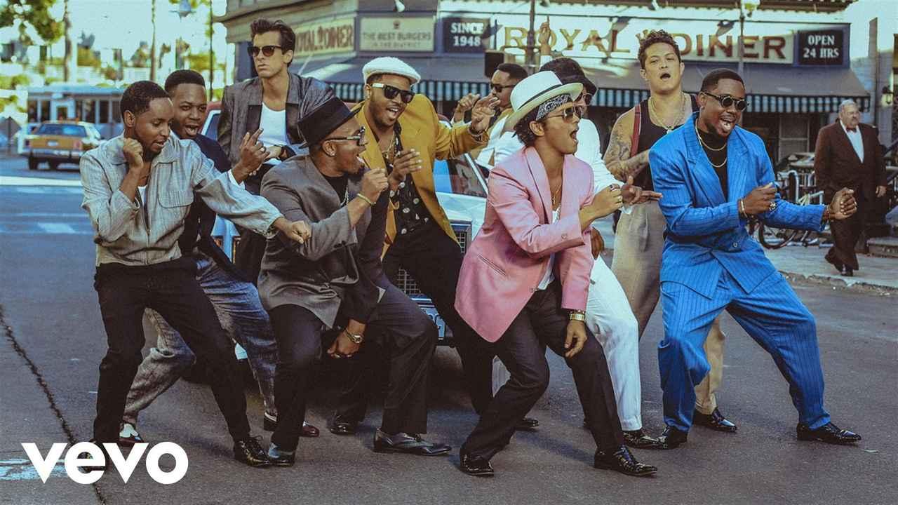 画像: Mark Ronson - Uptown Funk ft. Bruno Mars www.youtube.com