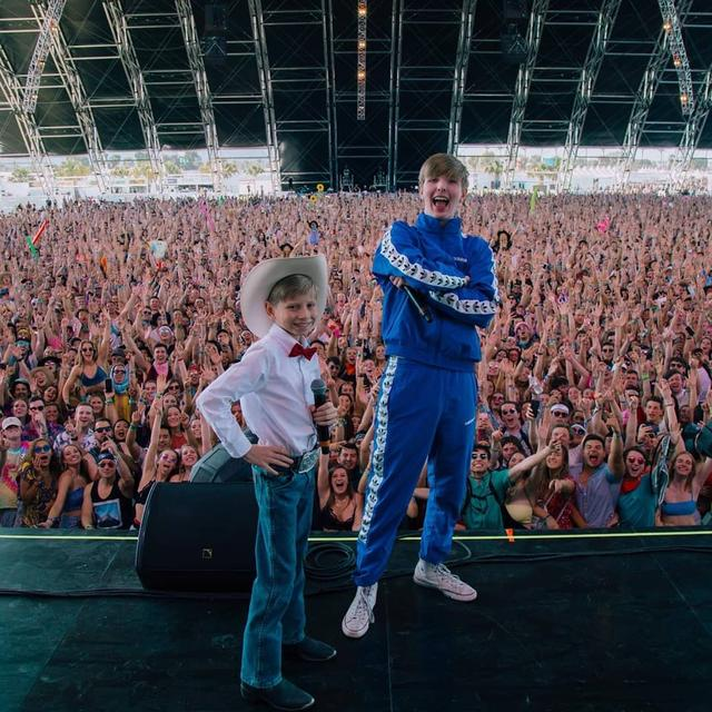 画像1: Mason RamseyさんはInstagramを利用しています:「shout out to @whethanmusic for bringing me out at @coachella. What a dream! : @takkamihagi」 www.instagram.com