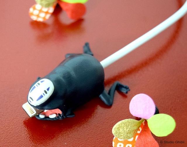 画像1: ネコバス、ポニョ、カオナシがガブッと噛みつく「ケーブルカバー」登場