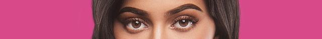 カイリー・ジェンナー、Kylie Jenner、カーダシアン家のお騒がせセレブライフ、収入