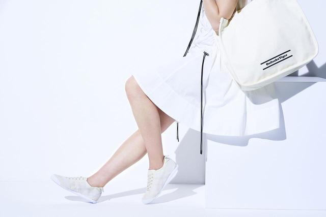画像1: オニツカタイガー、軽くておしゃれなナイロン素材のスニーカーを新発売!