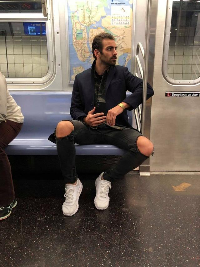 画像: 電車でイケメンを盗撮した結果、待ち受けていたこととは?