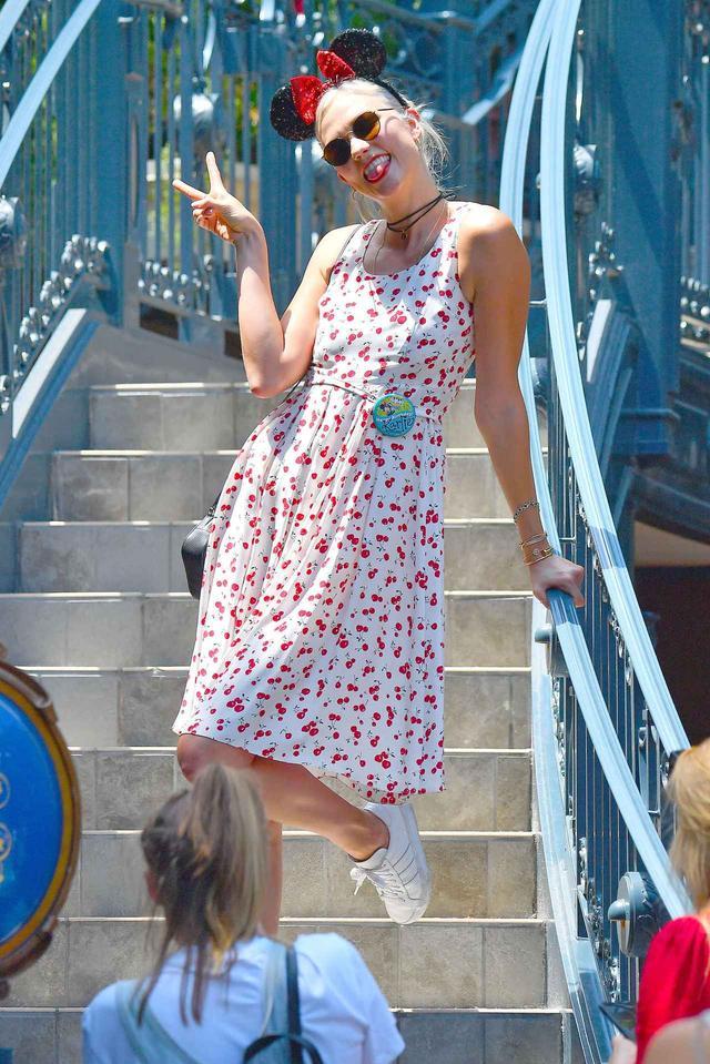 画像1: ディズニーランドにセレブがどんなファッションで行くか調査しました♡