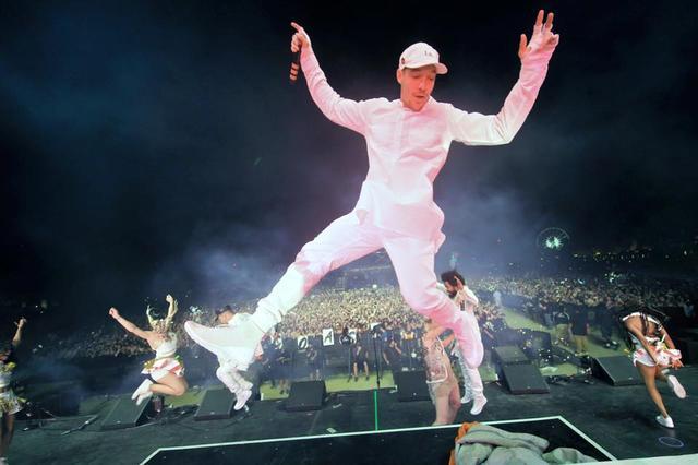 画像: DJのギャラは一回1,000万円以上