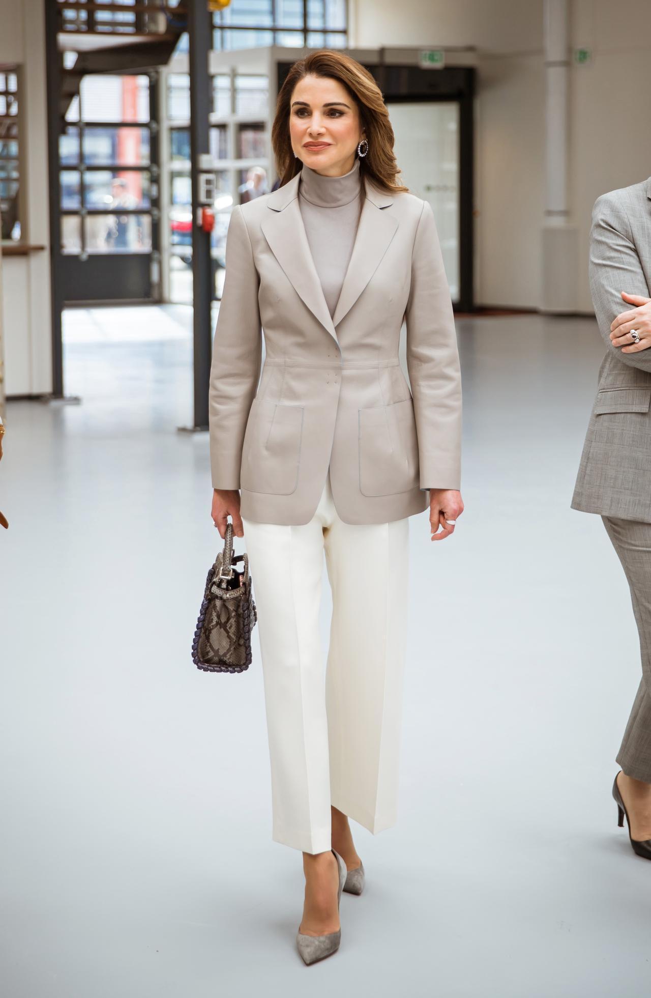 画像1: 洗練されたファッションスタイル