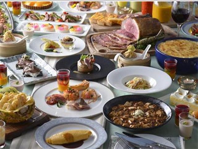 画像2: ランチ40種類・ディナー50種類以上が食べ放題の、世界バイキング「エトワール」とは