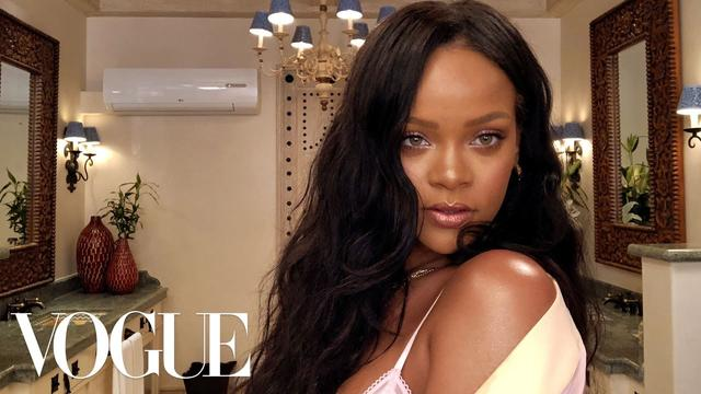 画像: Rihanna's Epic 10-Minute Guide to Going Out Makeup | Beauty Secrets | Vogue www.youtube.com