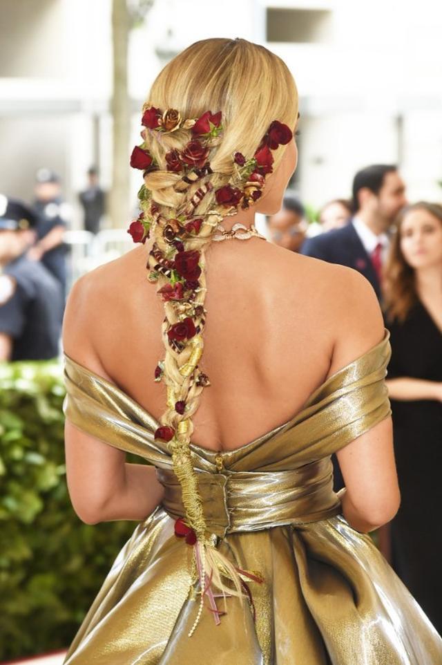画像8: メットガラ、注目するのはドレスだけじゃない!ヘアスタイル8選