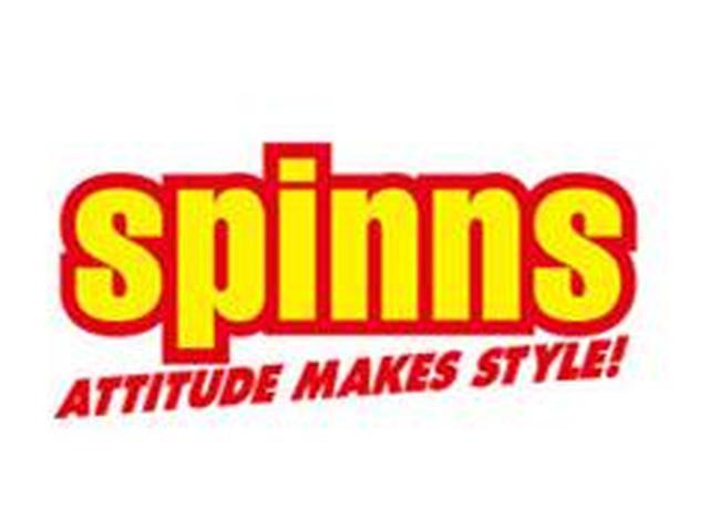 """画像: ディズニーが、原宿で人気のブランド""""スピンズ""""とコラボ!ディズニーストア限定"""