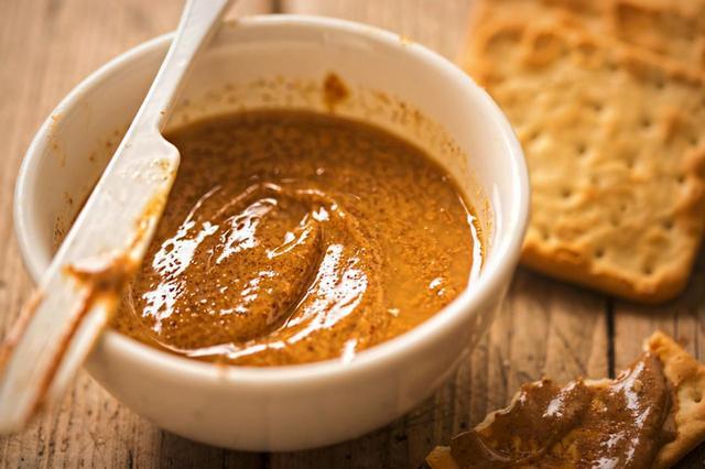 画像1: セレブに 人気のヒミツ は、アーモンドバターの美容効果!