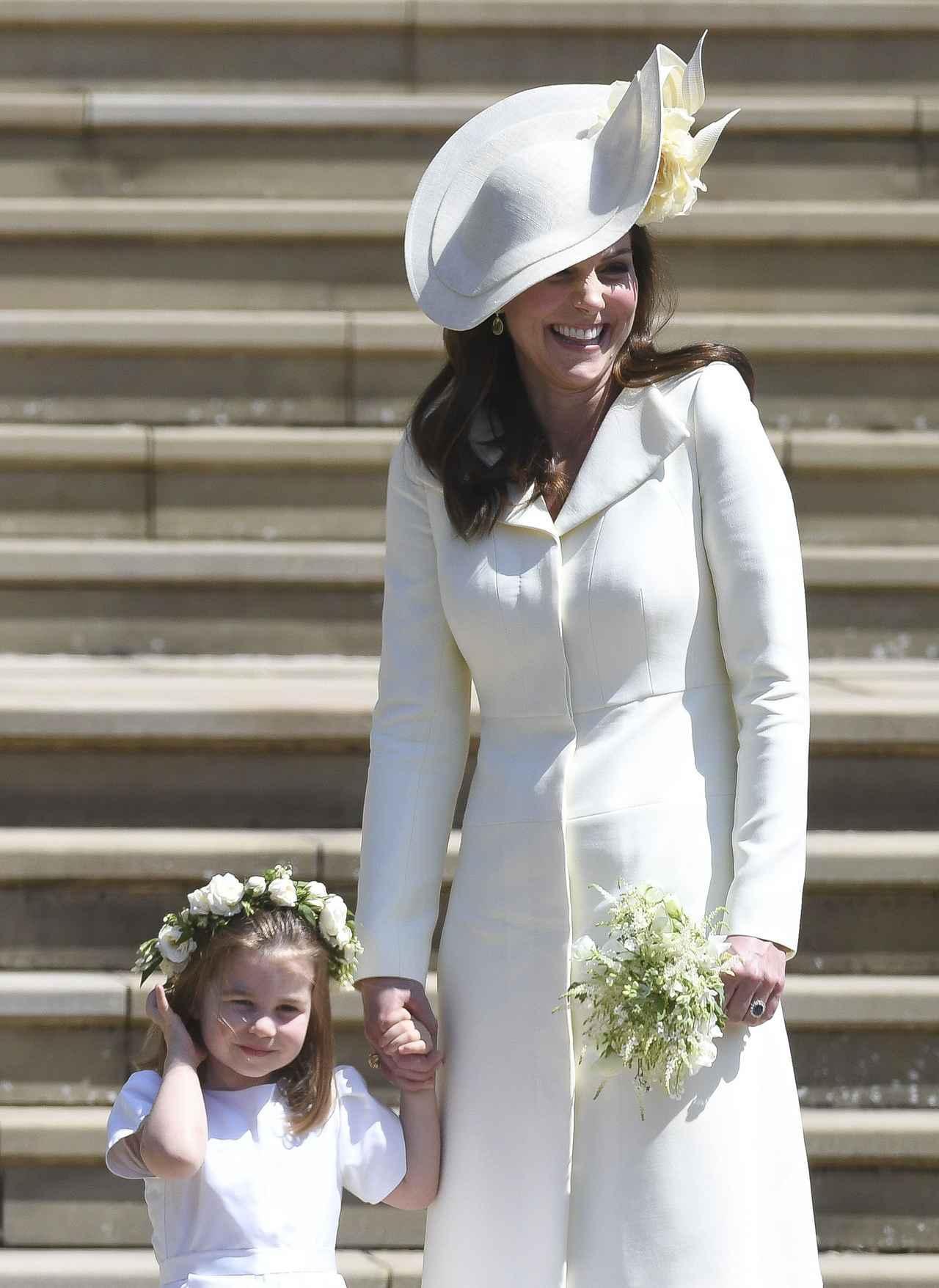 画像2: キャサリン妃、ロイヤル・ウェディングに着たドレスは過去に何度も着回していた