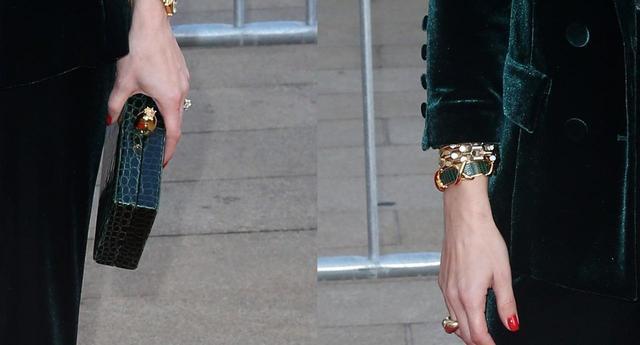 画像2: オリヴィア・パレルモ、抜け感スーツスタイルがおしゃれ
