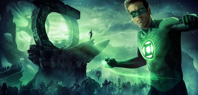 画像1: DCコミック映画『グリーン・ランタン』の台本を持つライアンを殺害