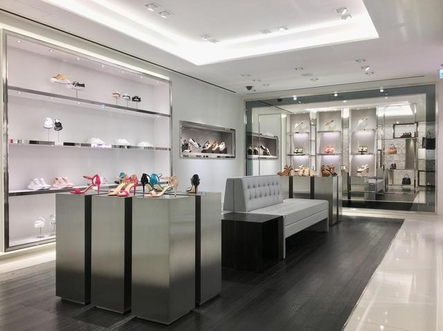 画像: 人気すぎて銀座旗艦店にシューズサロンもオープン!