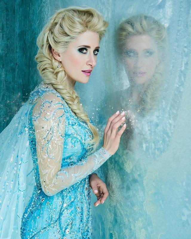 画像1: Frozen on BroadwayさんはInstagramを利用しています:「Caissie Levy as Elsa. | #InternationalWomensDay」 www.instagram.com