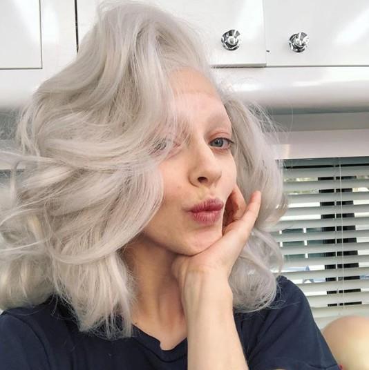 画像1: 32歳の美人女優が一気に老ける⁉