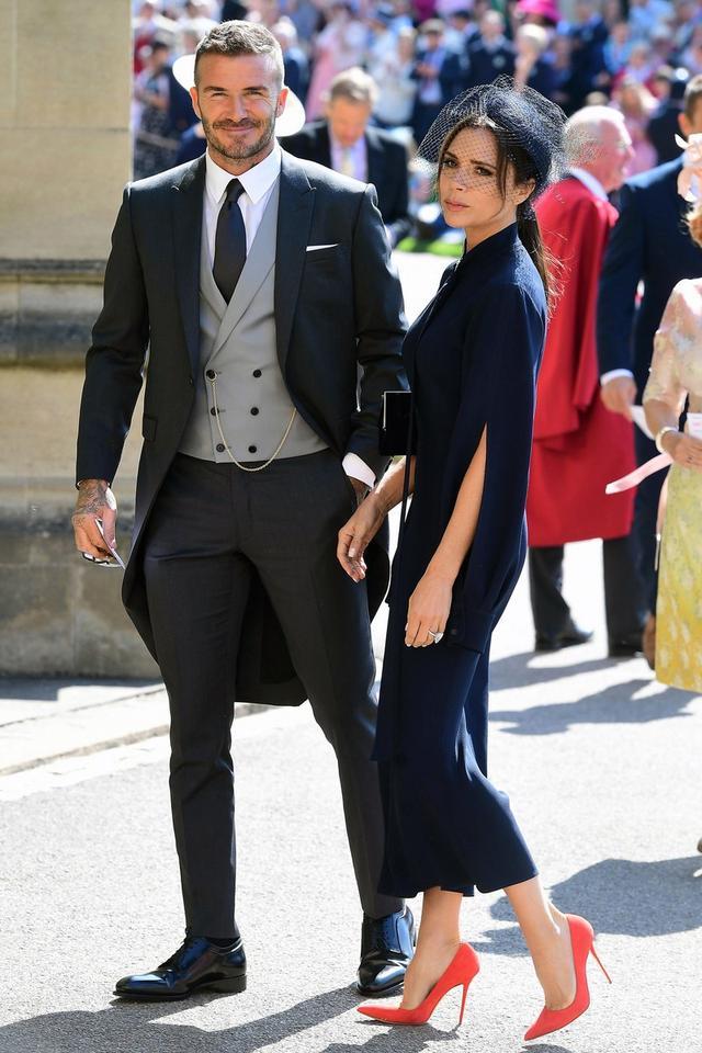画像1: ベッカム夫妻がロイヤルウェディングで着た服が当たる!チャリティ企画が開始