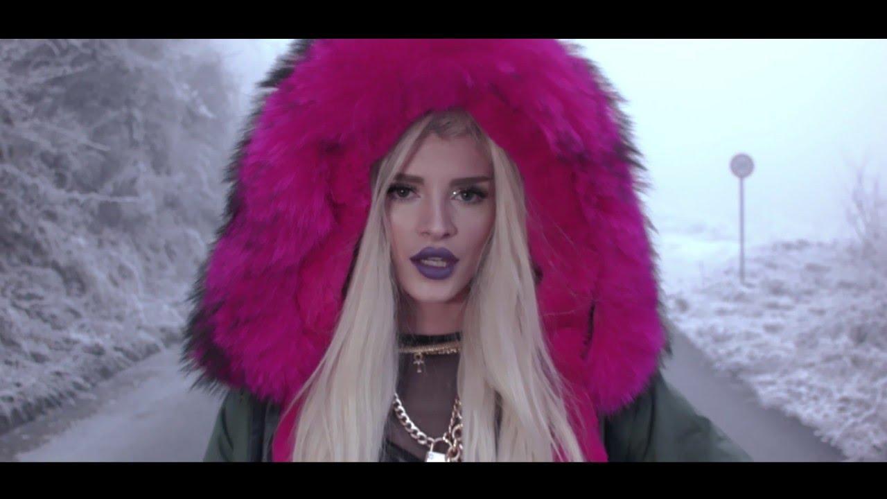 画像: Era Istrefi - Bonbon (Official Video) www.youtube.com