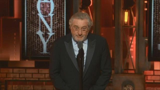 画像: Robert De Niro uses profanity to denounce Trump at Tony Awards www.youtube.com