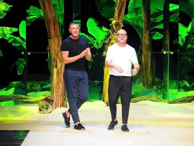 画像: ステファノ(左)ともう一人のドルチェ&ガッバーナのデザイナー、ドメニコ・ドルチェ。