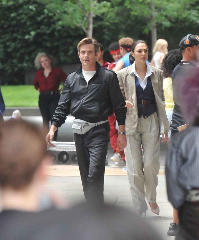画像2: 『ワンダーウーマン』続編の撮影がスタート!現場から初公開の写真が到着