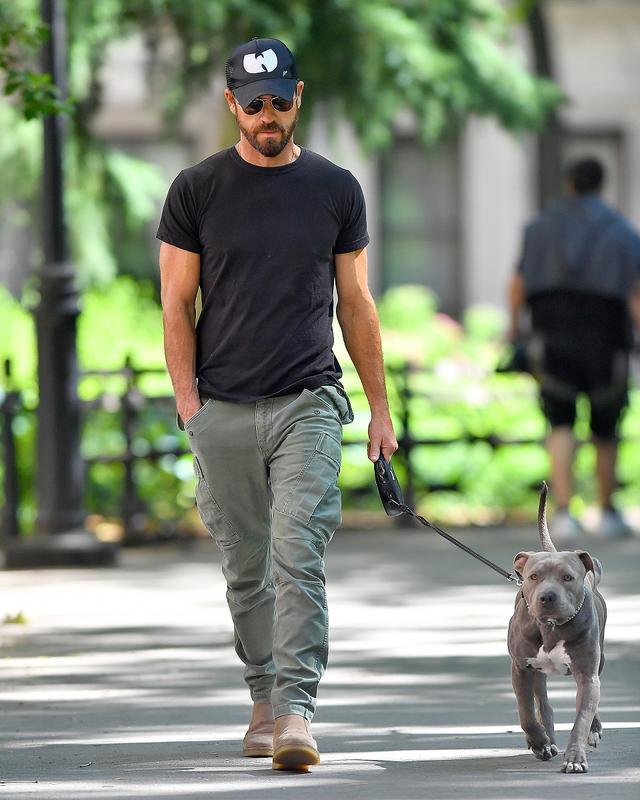 画像1: エマ・ストーンと熱愛噂の俳優が愛犬につけた「日本名」がツッコミ必至