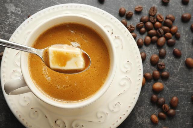 画像1: セレブのダイエットは 「朝の1杯」 から始まる!