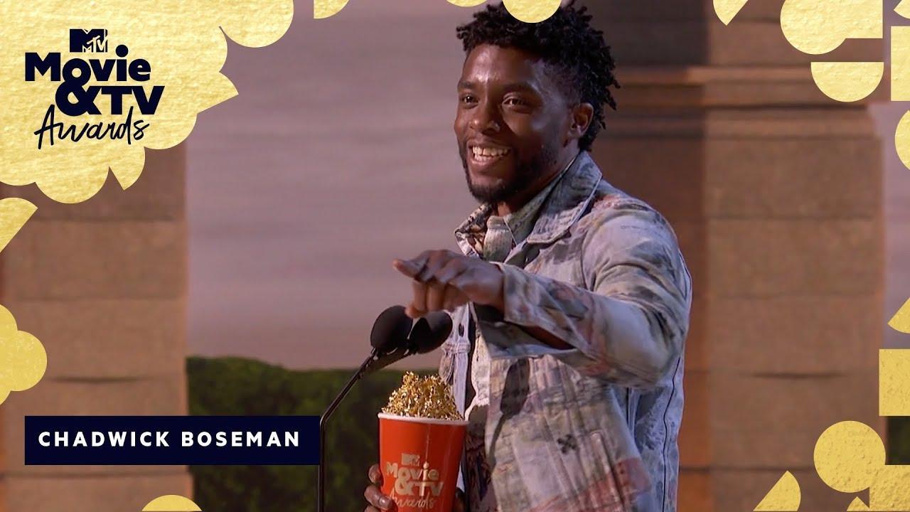 画像: Chadwick Boseman Wins Best Hero & Honors James Shaw Jr. | 2018 MTV Movie & TV Awards www.youtube.com