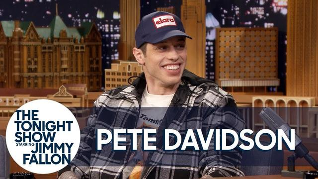 "画像: Pete Davidson Thinks Being Engaged to Ariana Grande Is ""F***ing Lit"" www.youtube.com"