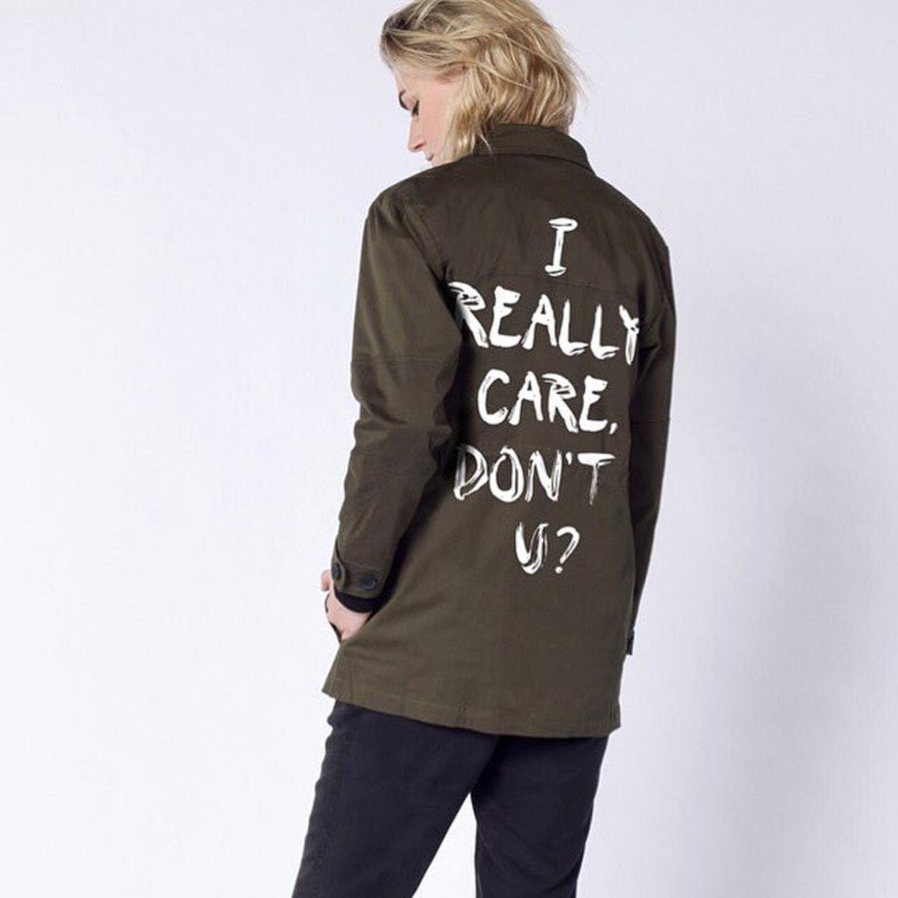 画像: ©Wildfang https://www.wildfang.com/ultimate-wf-army-jacket.html