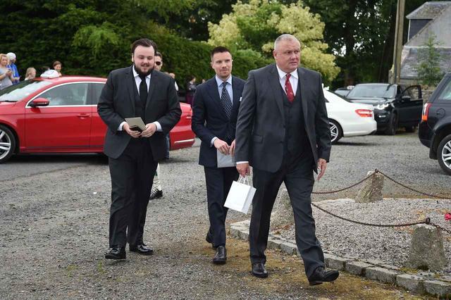 画像: (左から)ジョン・ブラッドリー、ジョー・デンプシー、コンリース・ヒル。