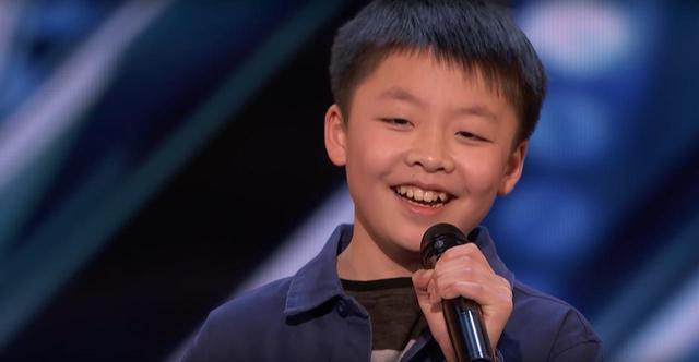 画像2: 米人気オーディション番組に「バケモノ級」の歌声を持つ13歳が登場