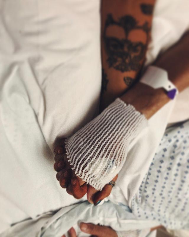 """画像1: Paris-Michael K. Jackalope on Instagram: """"RIP The HAWK. Joseph Jackson.  spending those last few moments with you were everything. being able to tell you everything i needed to tell…"""" www.instagram.com"""