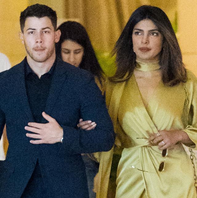 画像: 6月にはニックが親戚の結婚式にプリヤンカを同伴。