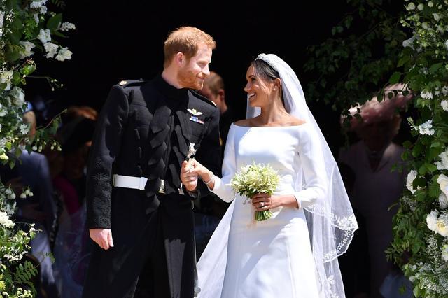 画像: メーガン妃、友人への結婚式のお報せの仕方が「ザ・現代っ子」