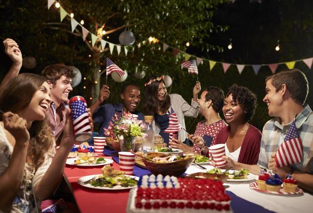 画像2: アメリカ人が最もアメリカ人になる日