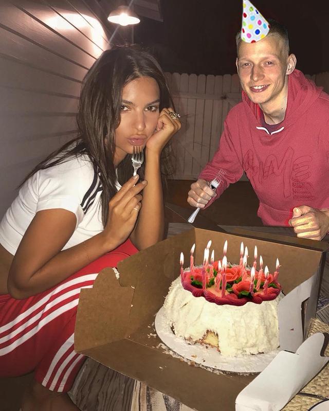 画像1: MAXさんはInstagramを利用しています:「Как всегда первая поздравляешь ♥️ Happy Birthday to me 」 www.instagram.com