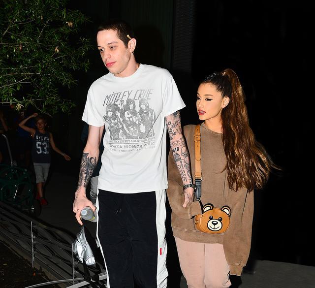 画像: アリアナとピートは同棲をはじめたと言われている。