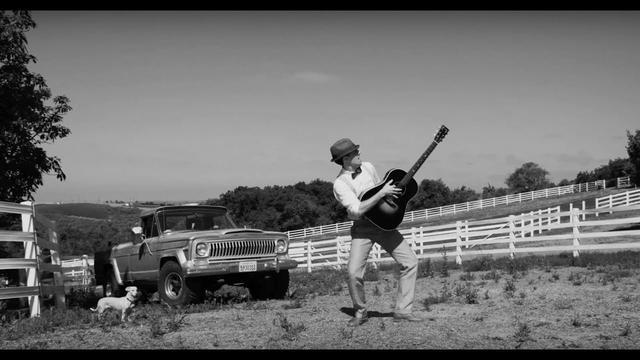 画像: Jason Mraz - Might As Well Dance [Official Video] www.youtube.com