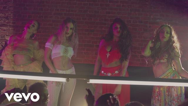 画像: CNCO, Little Mix -「レゲトン・レント (リミックス)」 www.youtube.com