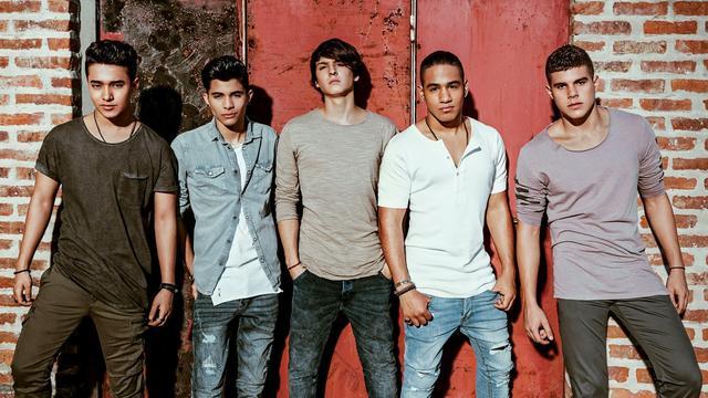 画像: 左から、ジョエル、エリック、クリストファー、リチャード、サブディエル。